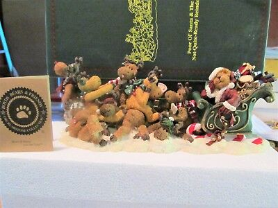 "Boyds Bears ""POOR OL' SANTA & THE NOT-QUITE-READY REINDEER""  1st edition Mint"