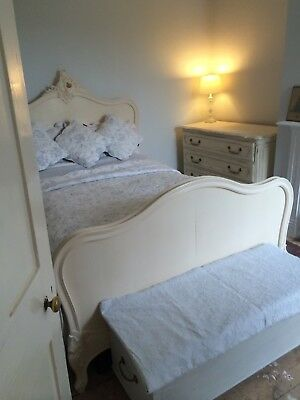 Lovely antique French Small Double 4ftbed / painted French bed