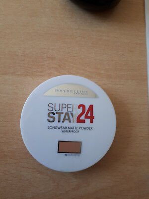 Poudre SUPER STAY POWDER de GEMEY MAYBELLINE. N°48