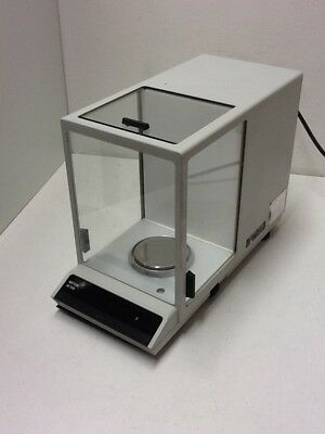 Mettler Toledo AE 240-S  Analysenwaage / High Precision Balance