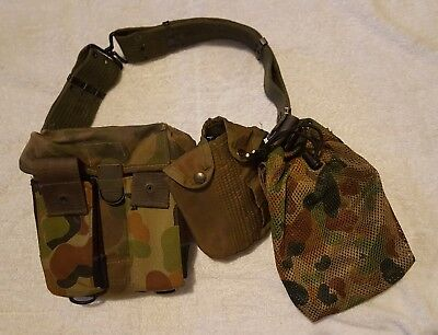 Army Surplus BELT with 2 Pouches & Water Bottle Pouch