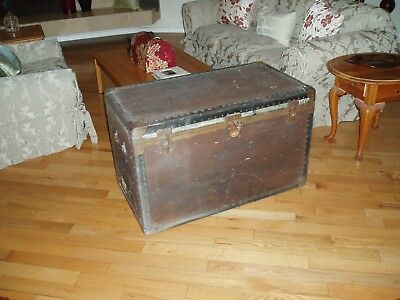 Antique Flat Top  Steamer Trunk Stage Coach Chest Coffee Table Unmolested