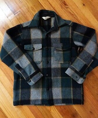 Vintage Woolrich Men's heavy plaid Coat Shirt/Jacket Button Front size Medium 15