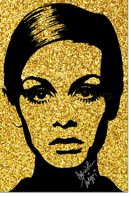 Twiggy Glitter Art Pre Signed Photo Print Poster - 12 X 8 Inch (A4)