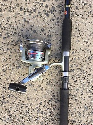 penn powergraph II 2000 reel and 6' spinning rod combo