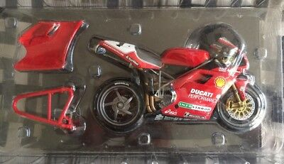 Minichamps 1/12th Scale Carl Fogarty 1999 World Champion