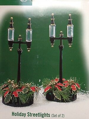Department 56 accessory HOLIDAY STREETLIGHTS set of 2 #59427 MINT in box
