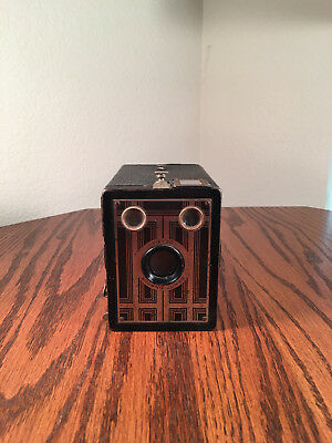 Eastman KODAK Brownie Junior SIX-20 A  620 Film 1934 Box Camera