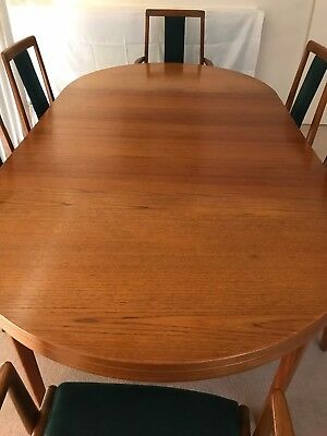 Teak Dining Table (extendable) with Chairs