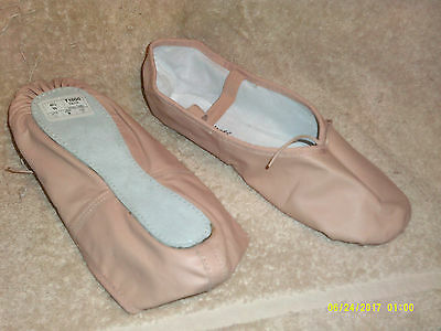 Ladies PINK Ballet Slippers*Size 6 1/2 Wide*Theatricals*Dance/Exercise*NEW