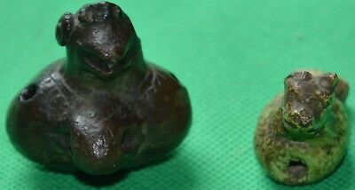 Two very good antique Pre-Columbian clay whistles
