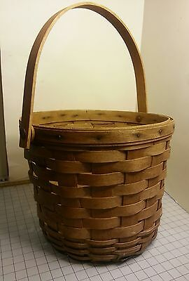 """Longaberger Round Basket 6 1/2"""" tall X 7 3/4"""" across with handle USA 1987"""