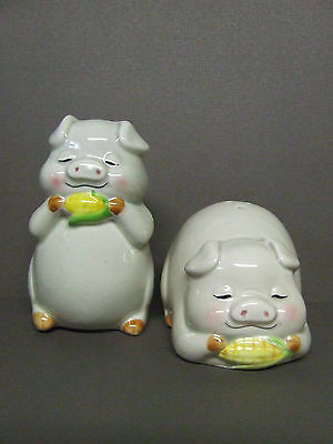 Vintage Lefton Pigs w/Corn Cobs Salt & Pepper Shakers (Korea/#6820)