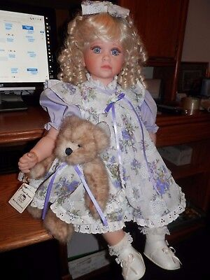 "1998 Gorgeous Lloyd Middleton 26"" Haley Vinyl Doll New Condition In Box & Tag"
