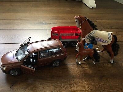 Toy Car With Trailer And Horses