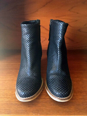 AS NEW size 38 womens Maya McQueen black leather ankle boots