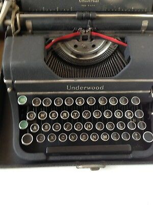 Underwood 1930s Vintage portable  Typewriter in Working Order