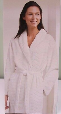 "Wayland Square Ultra-Soft Luxury Bathrobe 44"" Length One Size Fits Most White"