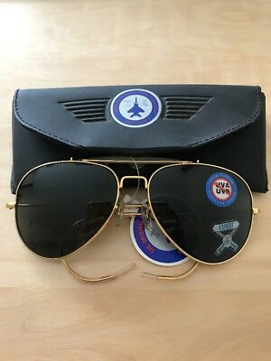 Never worn!Vintage AO Aviator sunglasses gold metal frame from1990s Case include