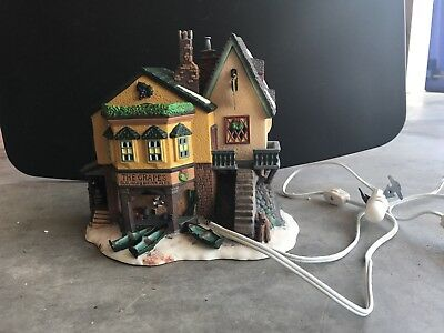 """Dept. 56 """"The Grapes Inn"""" Dickens Village Series -- 5th Edition 1996"""