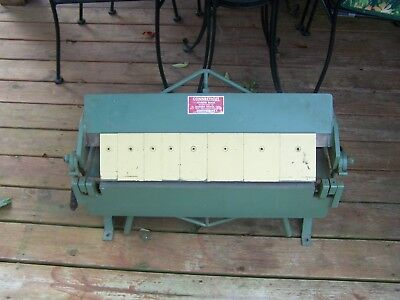 "Conn Whitney Sheet Metal Bending Brake 24"" U218"