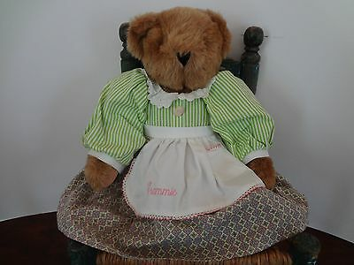 """VERMONT TEDDY BEAR CO. """"GRAMMIE"""" grandmother brown bear with apron & cameo 16"""""""