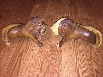 """Nice Pair of Wooden Hand Carved Lions 12""""x 8"""" Lion Big Cat Solid Africa"""