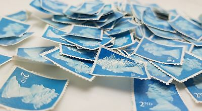 100 2nd class stamps unfranked off paper No Gum FREE Delivery Thomas Edwig