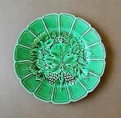 Vintage 1920s 19cm Wide French Sarreguemines Green Majolica Plate