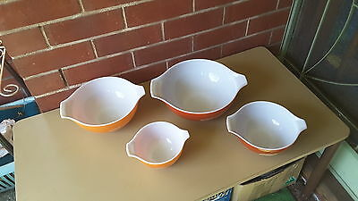 VINTAGE PYREX SET FOUR WHEAT  USA  Cinderella Nesting Bowls