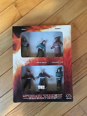 Star Trek Generations Set of 6 Figurines Action Figure by Applause 1994