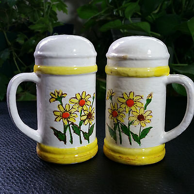 Sears Roebuck & Co 1976 Salt & Pepper Shakers Yellow Daisy Flowers