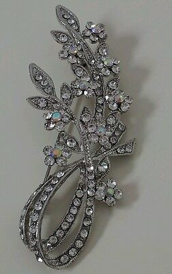 Beautiful silver Vintage Sparkling Flower Clear Crystal Brooch