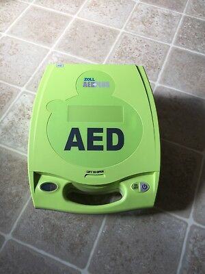 Zoll AED Plus Automated External Defibrillator with Pads