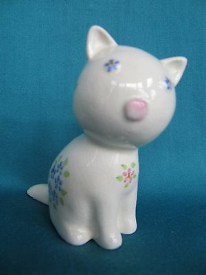 Vintage PLICHTA Wemyss Cat decorated with Flowers