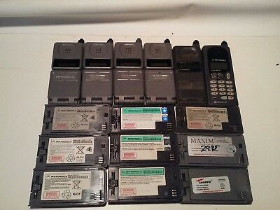 LARGE LOT of vintage Motorola cellphones, batteries,and accessories.