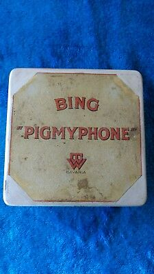 Bing Pigmyphone - tin litho wind up child s gramophone 1920,s German made .