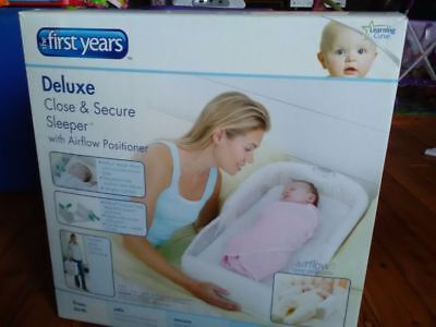 The First Years Deluxe Close and Secure Sleeper