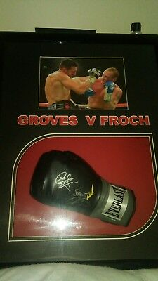 Carl Froch v George Groves signed everlast boxing glove in a quality frame