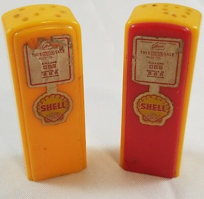 1950s Snyders Shell Service Fort Recovery Ohio GAS PUMP Salt Pepper Shakers