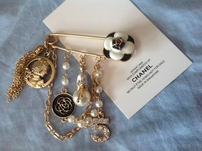 New//Auth Rare Adorable Chanel cc Vip gift black Camellia N5 perfume brooch pin!