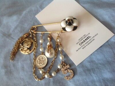 New//Auth Rare Adorable Chanel cc Vip gift white Camellia N5 perfume brooch pin!