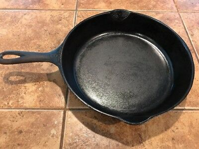 Wagner Ware~ Sidney -O- #8  Cast Iron Skillet~1058 ~ Cleaned & Seasoned~