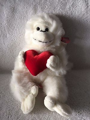 """""""Mambo"""" The White Gorilla 13"""" Plush w/Heart  Made by Russ w/Tags Attached! NEW!"""