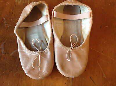 Girls PInk Leather Ballet Shoes Dance Slippers size 9 1/2 9.5