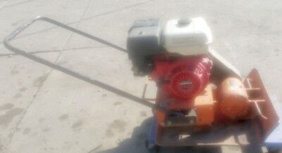 "MBW Plate Compactor 8 HP Honda Engine MBW 5500 Plate size 23"" x 24"""