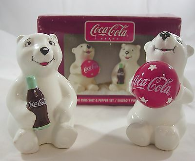 Brand New COCA COLA SALT & PEPPER Shakers Playtime CUBS Bears Set Gibson 2002
