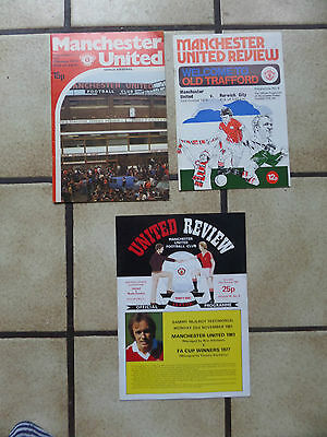 3 x Manchester United Home Football Programmes - Div 1 1970/1980s - Lot 34