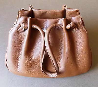 Immaculate Vintage 1950s Hansom Tiny Tan Leather Women's Handbag