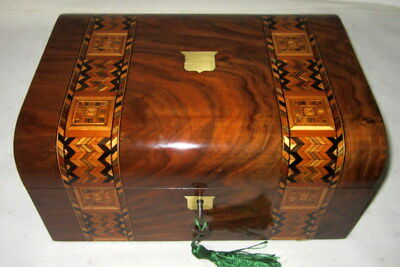 WONDERFUL CONDITION  ANTIQUE WALNUT BANDED BOX with key
